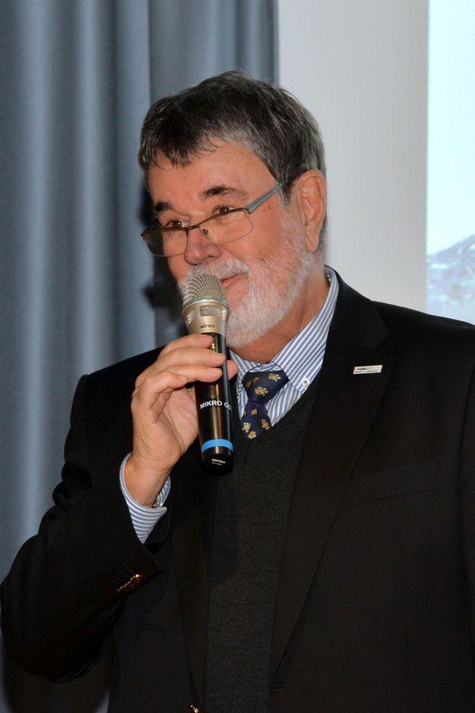 Franz Six, Vorsitzenden des Stiftungsvorstandes des Haus des Meeres