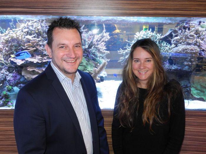 Megazoo Österreich-Geschäftsführer Thomas Ptok und Meeresbiologin Christiane Schmidt von SAIA haben jetzt eine Kooperation vereinbart - Foto Megazoo